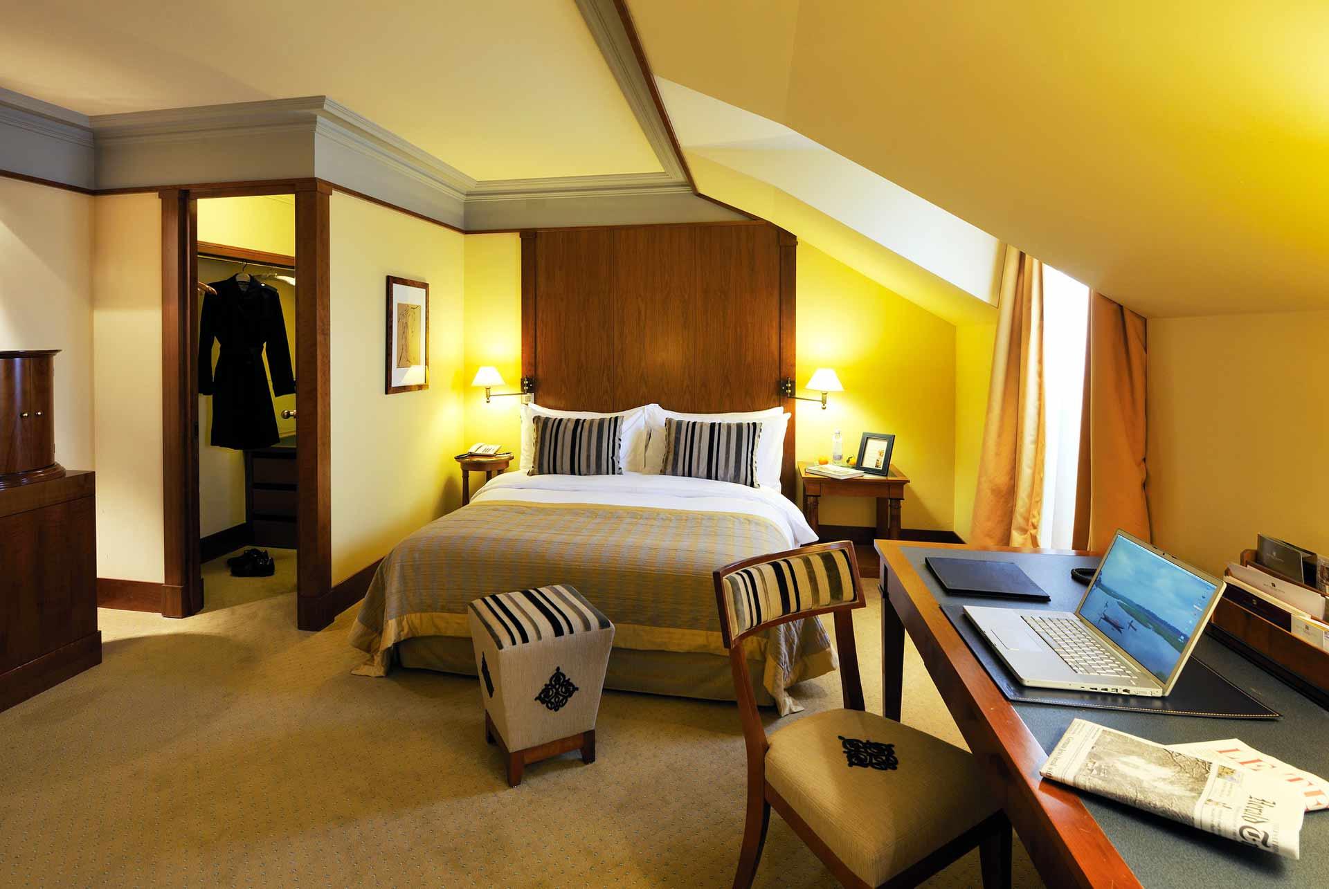 suites et chambres du beau rivage hotel neuch tel en suisse. Black Bedroom Furniture Sets. Home Design Ideas